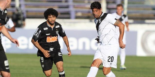 2-2. Mineiro desperdicia dos veces la ventaja y empata ante Danubio