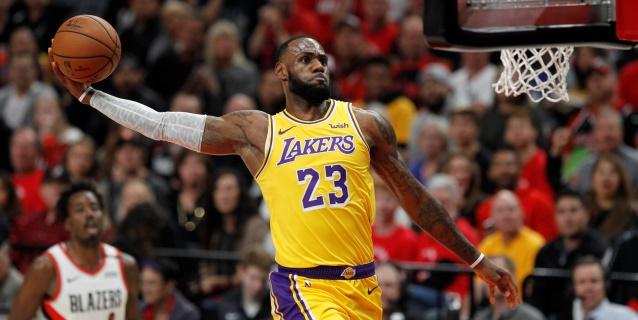 NBA: La peor derrota de James; Westbrook empata con Jordan racha de triples-dobles
