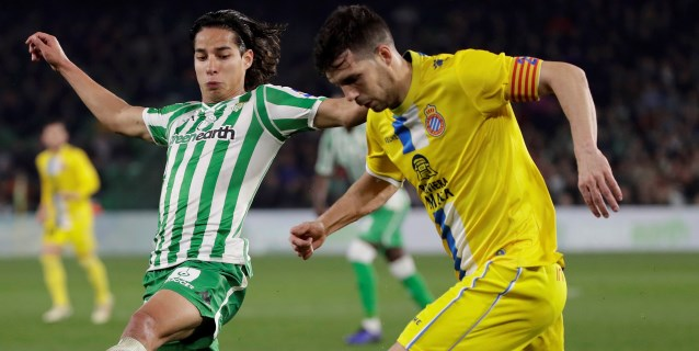 """Oficina de la Liga española en México destaca """"descaro"""" de Lainez en el Betis"""
