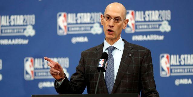 El comisionado Silver dice que las negociaciones de los jugadores deben ser privadas