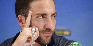 Higuaín, Piatek y Boateng marcan un mercado italiano lleno de sorpresas