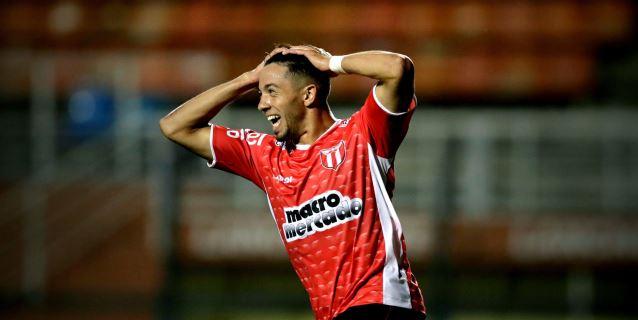 1-1. Sampaoli sufre primer revés con el Santos con salida de la Sudamericana