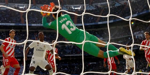 El Real Madrid se reencuentra con las penurias ligueras
