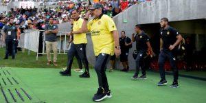 Los Cimarrones vencen a los Dorados de Maradona, hundidos en el último lugar