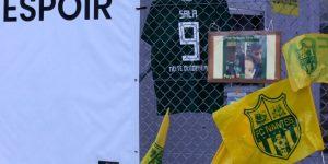 """El fútbol francés rendirá homenaje a Emiliano Sala y el Nantes retira el """"9"""""""