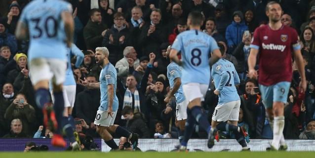 Agüero salva al Manchester City de penalti