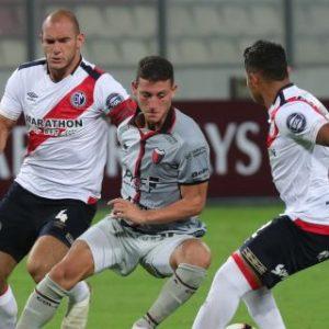 0-3. Colón resurge en Lima con goleada al Municipal y casi sentencia la serie