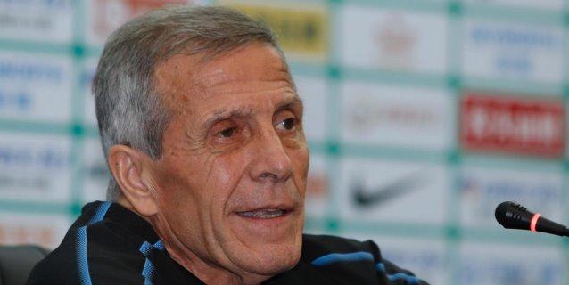 """Tabárez destaca la goleada de Uruguay, pese al """"mínimo"""" tiempo de trabajo"""