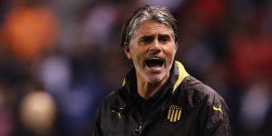 Nacional va por un nuevo triunfo y Peñarol por retomar la senda victoriosa