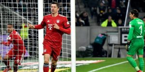 El Bayern golea al Gladbach y da caza al Dortmund