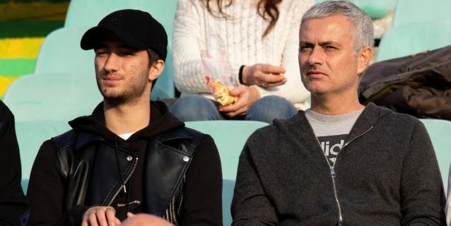"""Mourinho se deja querer: """"Trabajar en el Madrid en una experiencia única"""""""