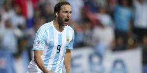 Higuaín se retira de la selección argentina a los 31 años