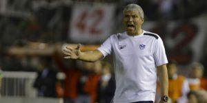 El San José boliviano despide al técnico argentino Néstor Clausen