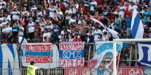 Universidad Católica derriba a Colo Colo en su casa y alcanza el primer lugar