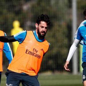 Caras serias en la vuelta al trabajo de un Real Madrid que ya piensa en Liga