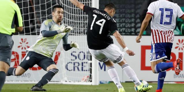 4-2. México vence a Paraguay y cumple actuación perfecta en debut de Martino