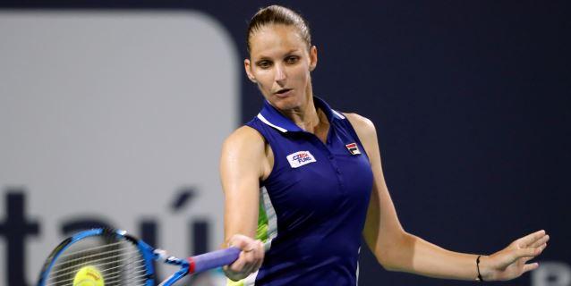 Pliskova se une a Halep, Kvitova y Barty en cuartos; Hsieh elimina a Wozniacki
