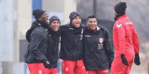 Perú busca alejar dudas en el debut de Berizzo como seleccionador de Paraguay