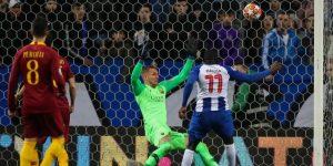 3-1. Un penalti en la prórroga da el pase al Oporto de Casillas