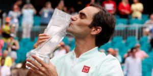 Federer vence a Isner y se proclama campeón en Miami por cuarta vez