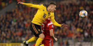 Hazard alivia a Bélgica, Depay ilumina a Holanda Kramaric endereza a Croacia