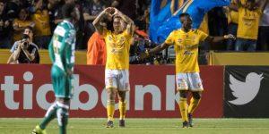 3-0. Tigres golea al Santos Laguna y pone un pie en la final de la Concacaf
