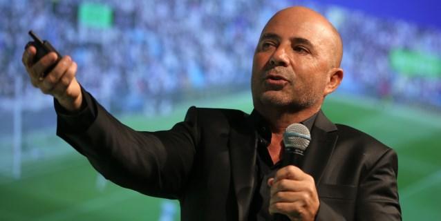 Sampaoli dice que fútbol de calidad es suramericano pero Europa se lo lleva