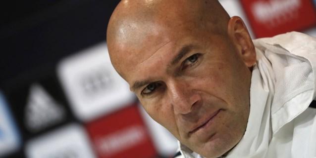 """Zidane admite que """"puede pasar de todo"""" en la portería del Real Madrid"""