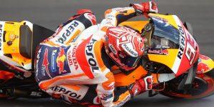 MOTOCICLISMO G.P.: Márquez doblega a todos sus rivales y estrecha la mano a Rossi