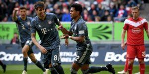 El Bayern golea y sigue líder pero pierde a Neuer por lesión