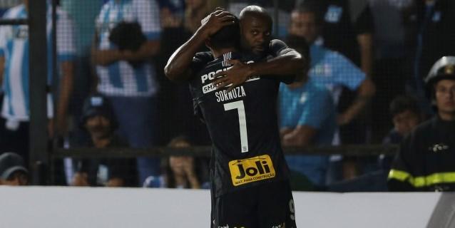 Corinthians conquista el título de Sao Paulo y el Flamengo el de Río
