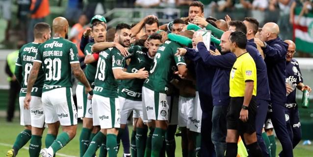 El favorito Palmeiras golea en su debut y encabeza la Liga en Brasil