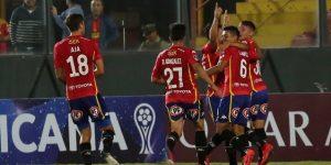 Unión Española suma 5 victorias seguidas y 'la U' se hunde tras otra derrota