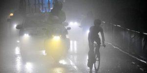 CICLISMO GIRO: Roglic da un golpe de autoridad y Conti salva el liderato