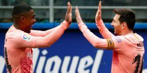 Messi acaricia la que sería su sexta Bota de Oro