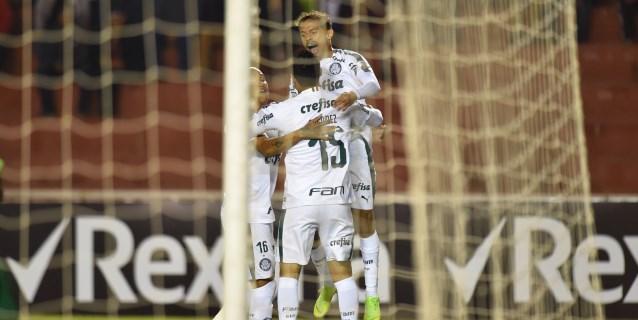 Palmeiras vence al Inter de Guerrero y Maxi López rescata el empate del Vasco
