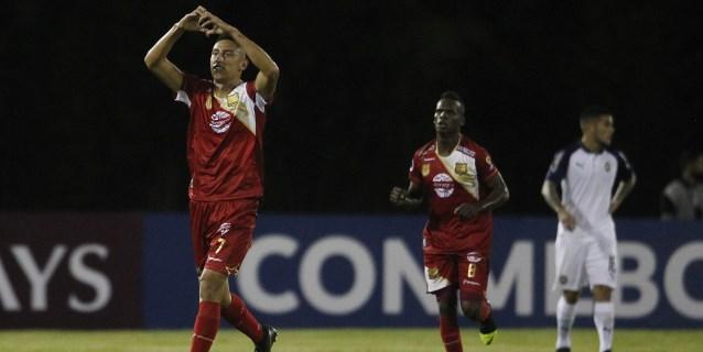 3-2. El Rionegro sorprende al Independiente de Avellaneda