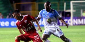 1-0. El colombiano Mosquera da la victoria al Royal Pari ante el Macará