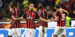 El Milan, con gol de Suso, se aferra a la Liga de Campeones