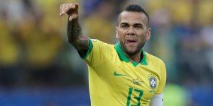 """Dani Alves: """"¿Argentina? Cualquier rival que nos toque será muy complicado"""""""