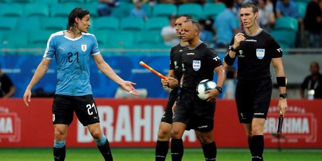 """Cavani: """"Espero que el VAR tenga razón con los goles anulados a Uruguay"""""""