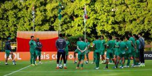 Bolivia comienza a definir el equipo del partido inaugural contra Brasil