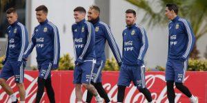 Argentina entrena a puertas cerradas y Colombia descansa en Salvador