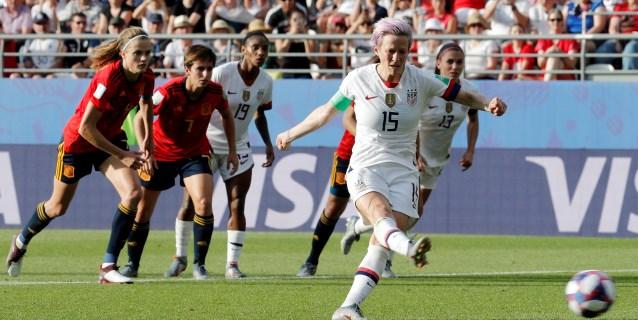 1-2. España se deja el corazón, pero le abaten dos penaltis