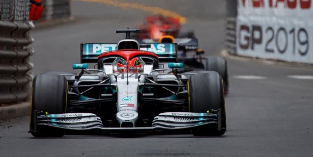 Hamilton y Verstappen convierten el viernes en domingo