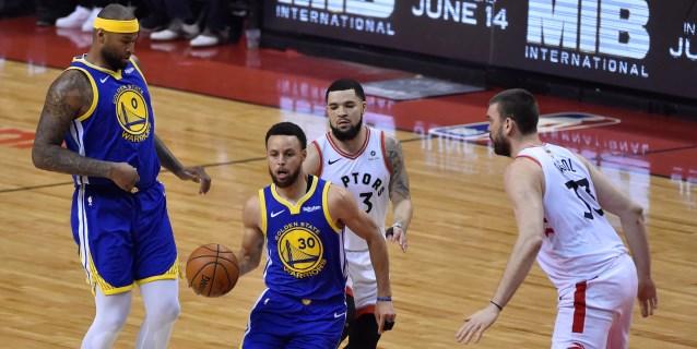 NBA: 105-106. Los Warriors ganan a los Raptors y mantienen viva la final