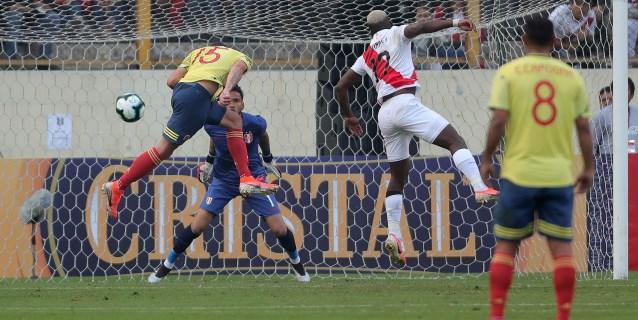 0-3. Doblete de Uribe y gol de Zapata dan triunfo a Colombia ante flojo Perú