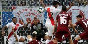 0-0. Venezuela y Perú plasman su igualdad con un empate sin goles y un gran Faríñez