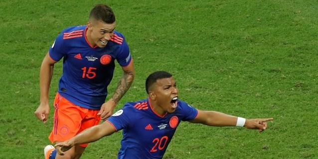 0-2. Colombia suelta un lastre de doce años y aumenta la frustración de Messi