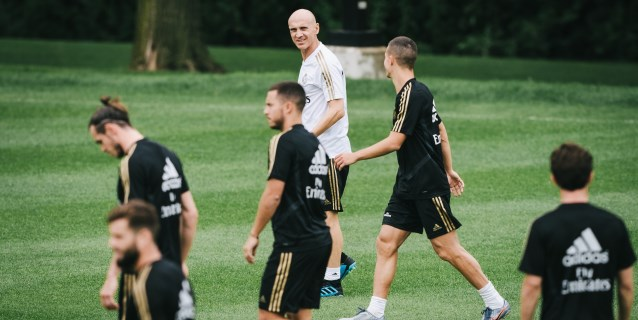 Bettoni dirige una sesión de trabajo marcada por la ausencia de Zidane